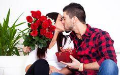 Valentine còn gọi là ngày lễ tình nhân không chỉ là ngày dành cho những cặp đôi đang yêu nhau mà những cặp vợ chồng cũng thể hiện tình cảm của mình dành cho nửa còn lại.