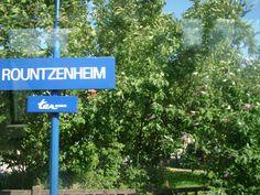 Bahnhofschild von Rountzenheim am 25.07.2009.