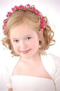 Flower girl hairstyles must be sweet and lovely. Take a closer look at our gallery and choose the best Flower Girl Hairstyles. Kids Hairstyles For Wedding, Cute Hairstyles For Kids, Flower Girl Hairstyles, Trendy Hairstyles, Pageant Hairstyles, Short Haircuts, Hairstyles Haircuts, Children Hairstyles, Bridesmaids Hairstyles