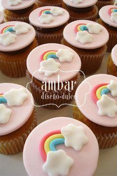 Ideas For Cupcakes Versieren Ideas Birthday Parties Rainbow Birthday Party, 18th Birthday Party, Unicorn Cupcakes, Rainbow Cupcakes, Mini Cakes, Cupcake Cakes, Cupcakes Lindos, Blackberry Recipes, Pear Cake