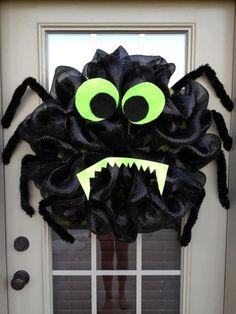 Halloween Spider Deco Poly Mesh Wreath. $75.00, via | http://christmas-decor-styles.lemoncoin.org