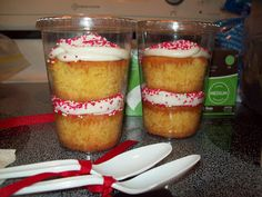 I love Love LOVE the idea of cupcakes in a jar!  I've seen several variations lately...the most recent one I saw was at Everyday Celebrati...