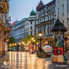 Knez Mihailova Street, Belgrade, Serbia | Кнез Михаилова улица, Београд | Photo: esejapan