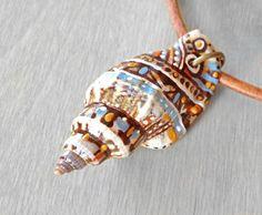 Collana di Shell verniciata dipinto a mano mare di OneUrbanTribe