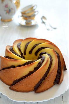 Ciambella al mascarpone bake food photography