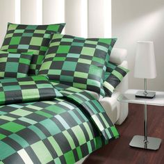 In grün gehalten ist die Bettwäsche Squares von JOOP! ein echter Blickfang in Ihrem Schlafzimmer. Traumhaft weich und angenehm ist das Material aus feinstem Mako-Satin. www.bettwaren-shop.de