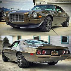 Nice '70 Camaro..