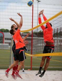 Training with Bayern Munich /playing voleyball