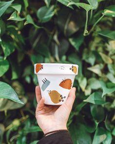 Speckled Shape // Hand-Painted Terracotta Pot w/ Saucer Painted Plant Pots, Painted Flower Pots, Pottery Painting Designs, Paint Designs, Pots D'argile, Terracotta Pots, Diy Art, Creations, Hand Painted