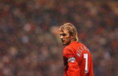Beckham Football, Fifa Football, Adidas Football, World Football, David Beckham Manchester United, Official Manchester United Website, Manchester United Players, David Beckham Style, Sports