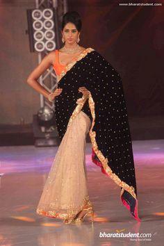 Orange and black saree. 1st India Bullion & Jewellery Awards