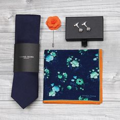 2017 is the year for accessories - preferably in the blues and the oranges. Which is your favorite color combo? www.Grandfrank.com