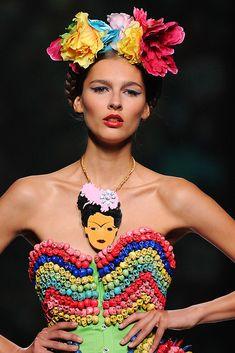 Las piezas que ha diseñado Patricia Nicolás para el desfile de Maya Hansen están a la venta en YUBE.