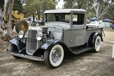 Antique Cars, Ford, Antiques, Vehicles, Vintage Cars, Antiquities, Antique, Car, Old Stuff