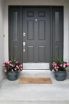 A FRONT PORCH FACELIFT - withHEART - DRAGONS BREATH - BENJAMIN MOORE PAINT. #frontdoor #curbappeal