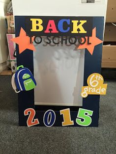 Kricut Kreations: Back to School Photo Frame Prop - 2015 My Projects - First Day Of School Pictures, First Day Of School Activities, First Day School, Kindergarten First Day, Kindergarten Graduation, School Photos, Back To School Party, Back To School Night, Back To School Crafts