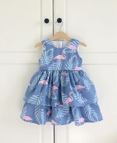 Jan 2020 - Trendy Sewing For Kids Summer For Girls Ideas Kids Frocks Design, Baby Frocks Designs, Sewing Baby Clothes, Cool Baby Clothes, Baby Dress Patterns, Baby Clothes Patterns, Frocks For Girls, Little Girl Dresses, Little Girl Fashion