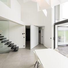 kamerhoge taatsdeur op maat met 360° taatsscharnier zonder inbouwdelen in de vloer