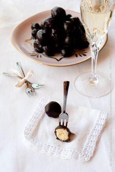 Pignolata: a delicious old-fashioned calabrian dessert