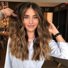 Luscious Balayage With Subtle Purple Tones - 20 Stunning Examples of Mushroom Brown Hair Color - The Trending Hairstyle Brown Hair Balayage, Hair Highlights, Honey Balayage, Caramel Balayage, Ombre Hair, Honey Highlights, Hair Color Caramel, Gold Brown Hair, Brown Hair With Caramel Highlights
