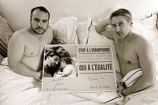 L'exposition en plein air « Les couples imaginaires » d'Olivier Ciappa vandalisée à Paris