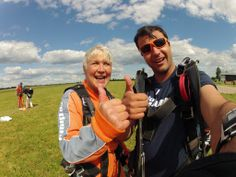 Thumbs up if you enjoyed your #skydive! #skydiving  http://www.gojump.de/en.html