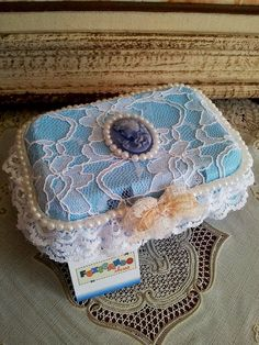 reaproveitando uma caixa de ovos: Mimos das Amigas - by Patrícia Fuxicando Idéias