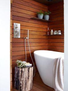 17 Chic And Elegant Wooden Bathroom Interiors Wooden Bathroom, Bathroom Spa, Bathroom Interior, Small Bathroom, Bathroom Remodeling, Remodeling Ideas, Master Bathroom, Jungle Bathroom, Bathroom Shelves
