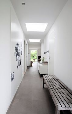Luk lyset ind i boligen Roof Window, Compact Living, House Goals, Skylight, Built Ins, My Dream Home, Dining Bench, Sweet Home, Interior Design