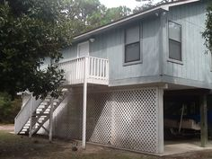 The Bird House, Cozy 3 Bedroom, 2 Bath House. Sleeps 8 Comfortably,. - VacationRentals.com