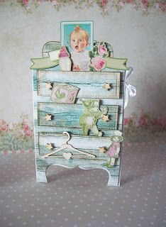 Moje biurko: Dziecięca kartka - komoda