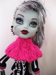 Ravelry: Monster High Safari Suit free knitting pattern by Mrs Lettice Weasel...
