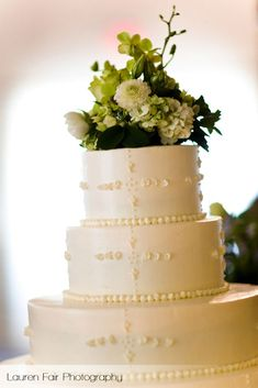 holly-hedge-customized-wedding-cake-desserts-pastry-chef-lacework-spring