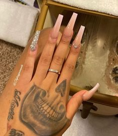 Nude Nails With Glitter, Bling Acrylic Nails, Best Acrylic Nails, Bling Nails, Long Square Acrylic Nails, Pastel Nails, Claw Nails, Aycrlic Nails, Angela Jones