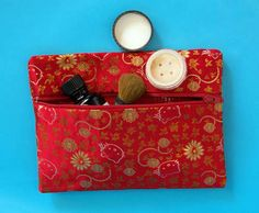 No sew duct tape and fabric zipper bag
