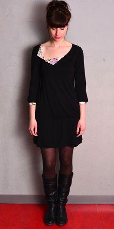 Knielange Kleider - *** Jersey Kleid - schwarz - Blumen - Blüten - ein Designerstück von stadtkind_potsdam bei DaWanda