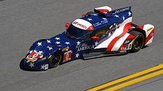 Video DeltaWing crashed out of Rolex 24 after leading early