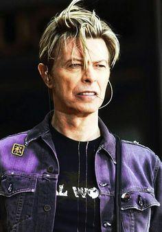 David Bowie - Still fabulous!