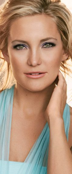 Kate Hudson's ALMAY Makeup and Biography
