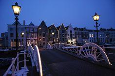 Nachtfoto, kaai in Middelburg