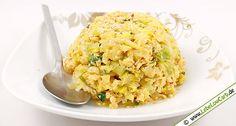 Indonesisches vegetarisches Low Carb Rezept für gebratenen Spitzkohl mit Ei, Knoblauch, frischem Ingwer, Sambal Oelek, ... Erfrischender Geschmack für Ingwer-Liebhaber ... #lowcarb Mehr vegetarische Low Carb Rezepte auf http://www.lebelowcarb.de/low-carb-rezepte-fuer-vegetarische-gerichte.html