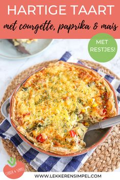 Savory pie with zucchini and corn - Tasty and Simple - Savory pie with zucchini and corn. A delicious quiche of puff pastry with zucchini, corn, pepper an - Romantic Dinner Recipes, Healthy Dinner Recipes, Vegetarian Recipes, Zucchini, I Foods, Feta, Chicken Recipes, Food Porn, Good Food