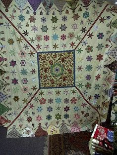 Brigitte Giblin Design - version of Ayers House quilt