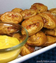 Ham & Cheese Pretzel Bites - Makes 12 pretzel bites; 4 pretzel bites per serving, 4 Pts+ per serving (P+ calculated using the recipe builder on weightwatchers.com)