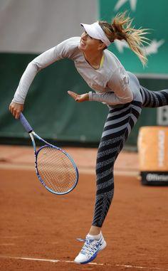 Maria Sharapova training at Roland Garros 2015 #WTA #Sharapova #RolandGarros