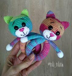 Crochet beanbag cats for your baby. Cute idea. Вязаные котики-погремушки для деток Newborn Crochet Patterns, Crochet Baby Toys, Crochet Gifts, Amigurumi Patterns, Crochet For Kids, Crochet Animals, Crochet Baby Blanket Beginner, Newborn Toys, Baby Rattle