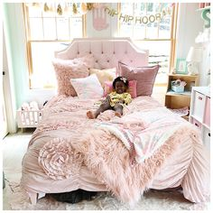 Girl bed and i have been planning and dreaming for her big girl bedroom for about six months now i never finished decorating her room when we moved her into