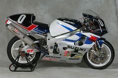 SERT Suzuki GSX-R750 SRAD 2000