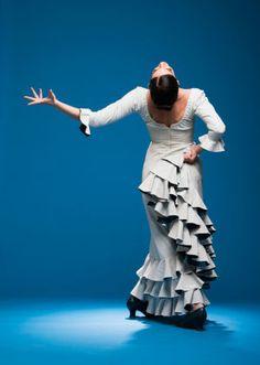 Seattle Flamenco dancer - Savannah Fuentes