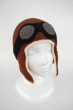 CROCHET PATTERN to make your own very cool aviator hat. This pretty simple pattern is the same for babies/toddler and kids/adults, but the hook size changes. The pattern is written in simple… Crochet Amigurumi, Crochet Beanie, Knitted Hats, Bonnet Crochet, Hand Crochet, Knit Crochet, Crochet Crafts, Crochet Projects, Confection Au Crochet